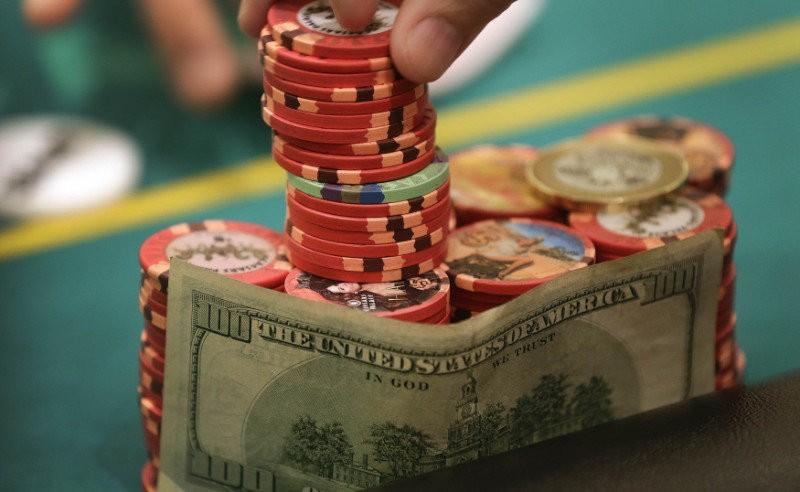Fast-Fold Poker Strategy